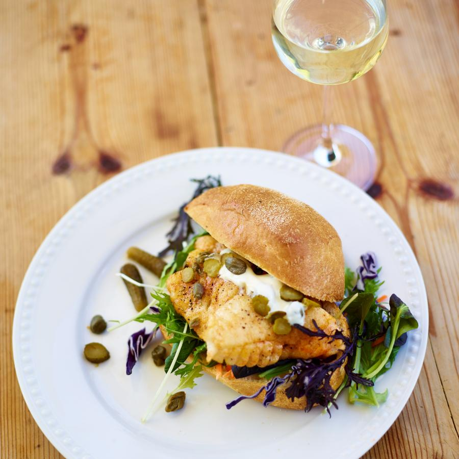 fish slider paiared with sacred hill sauvignon blanc